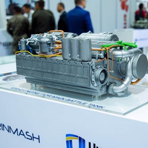 6TD Engine models at the exhibition SITDEF