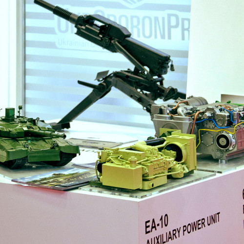 Engine models at the exhibition IDEF