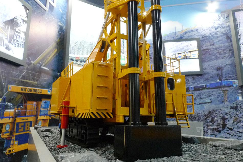 3D printing model of drilling rig