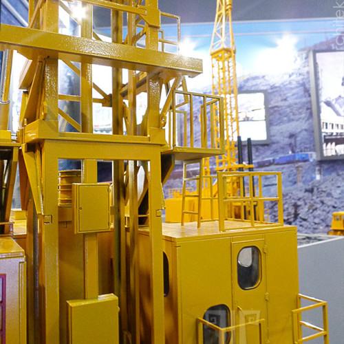 Museum model of SBSH-250 MNR drilling rig