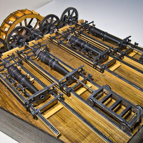 Действующий макет станка для обработки пушечных стволов