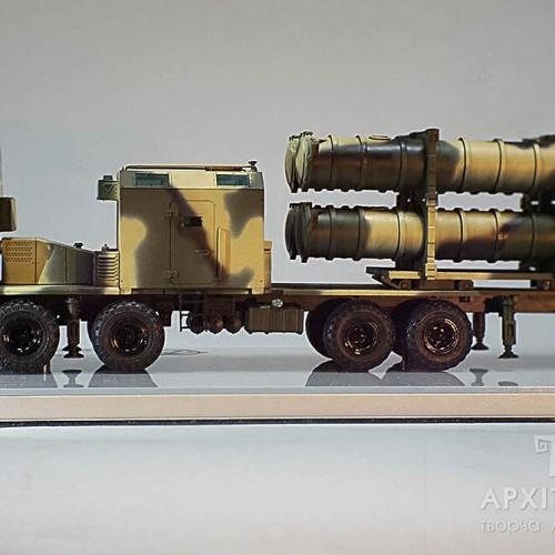 масштабная модель пусковой установки ракет Нептун