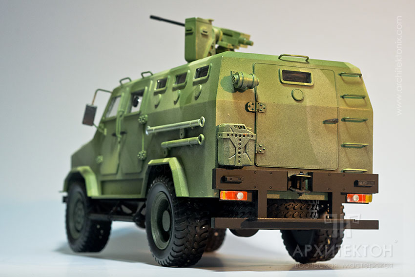 3D printing model of armored vehicle